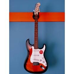 Squier by Fender Strat Bullet